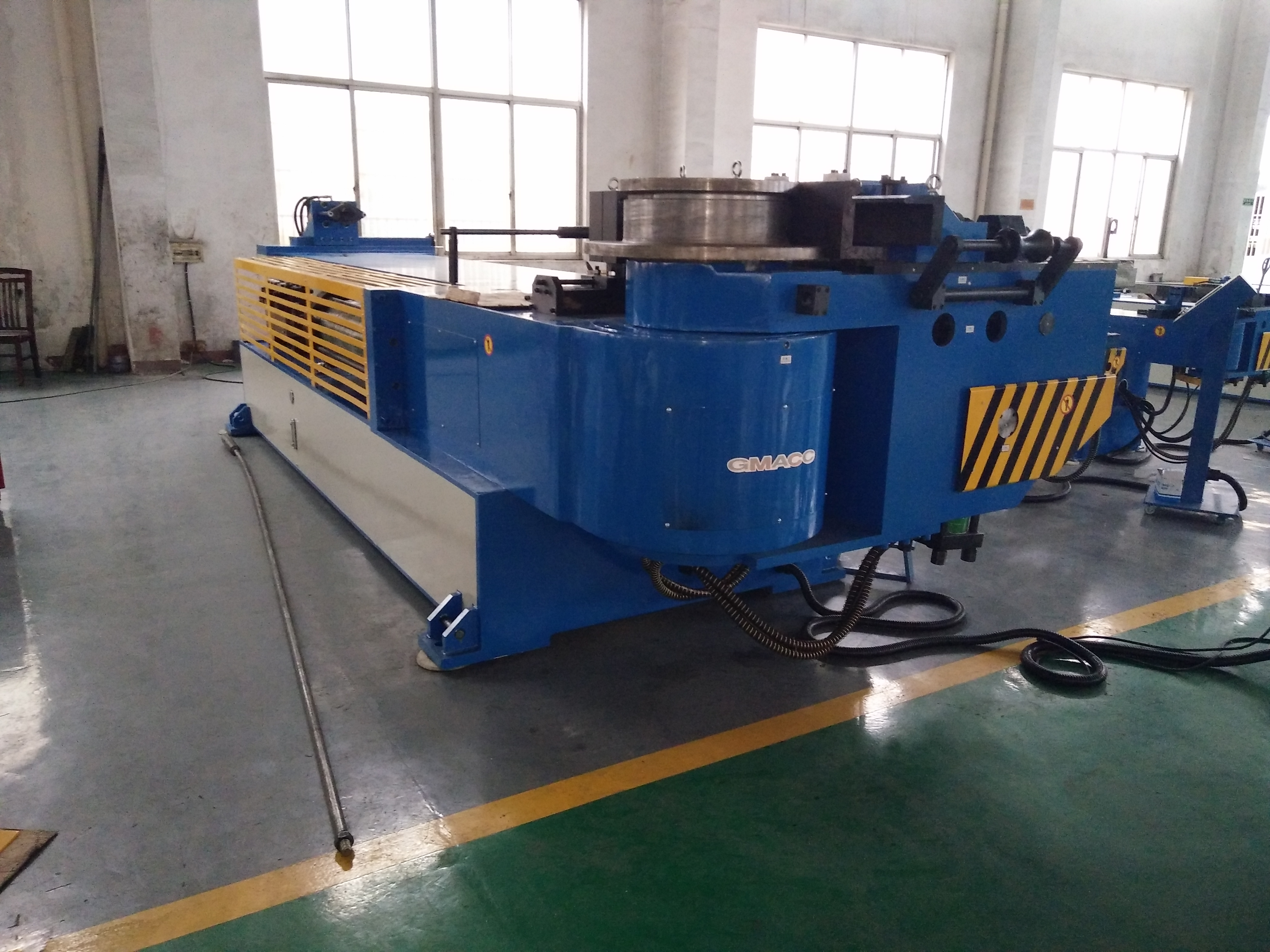 Industrial rectangular Muffler Hydraulic Ship Tube Bender